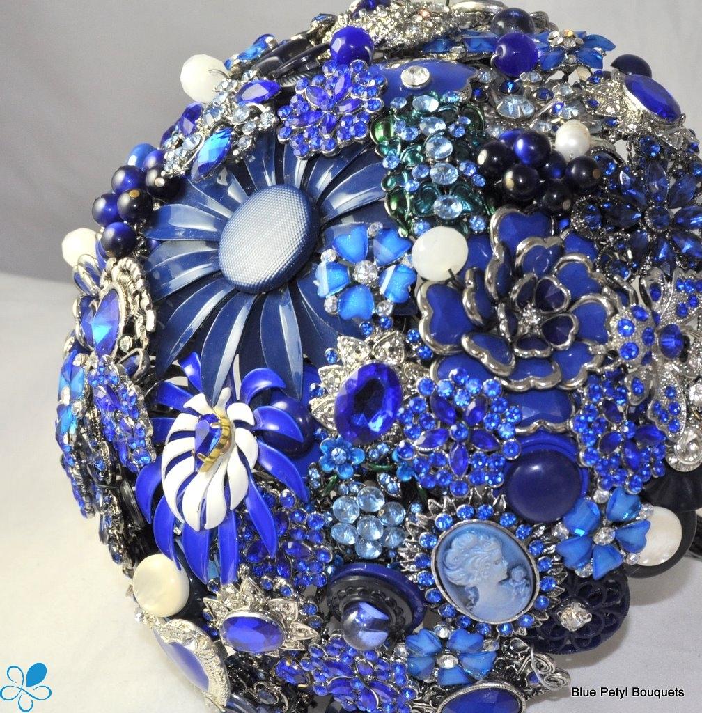 Brooch Boq - Blie Petyl Bouquets