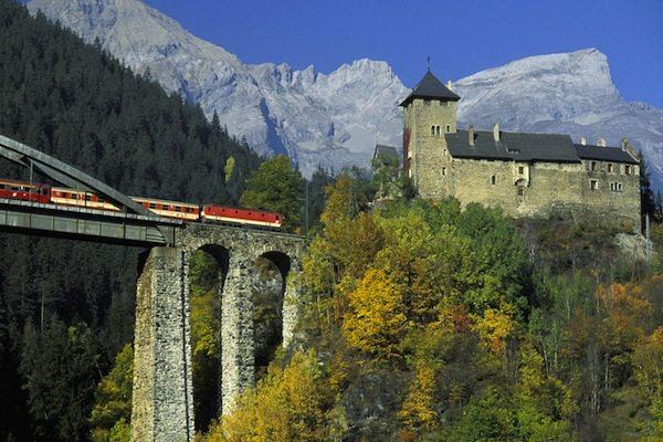 Train-Ride-View