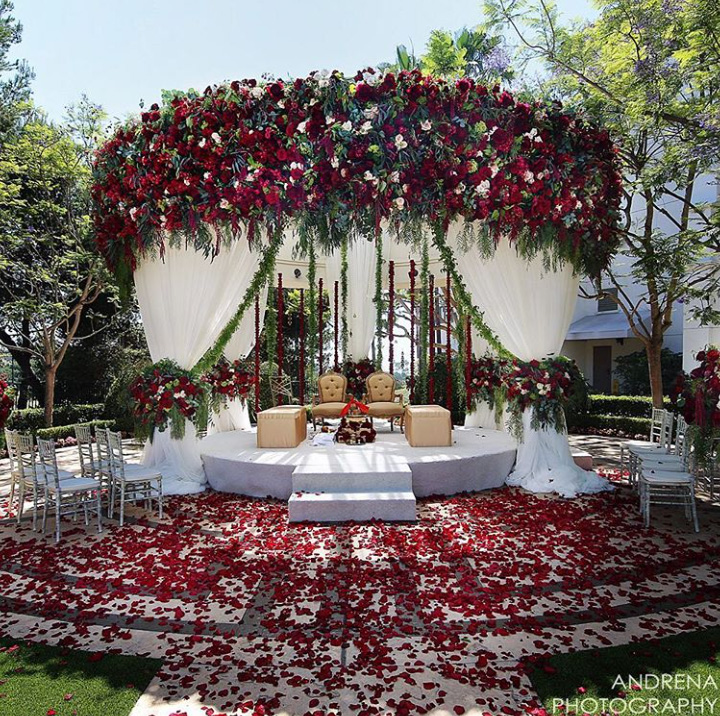 AndrenaPhotography-SquareRootDesigns-WeddingCompass