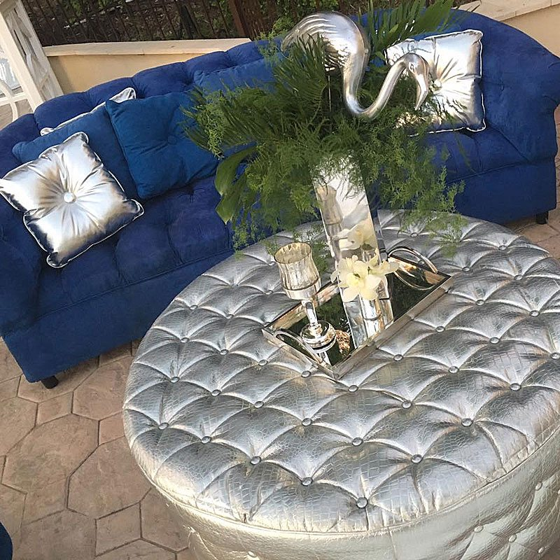 If you have a particular themed why not reflect that in your lounge setting such as this Miami nightclub look. Have fun with the décor such as using props like the silver Pelican.