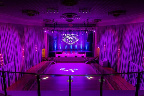 The Yost Theater - WEddingCompass.com