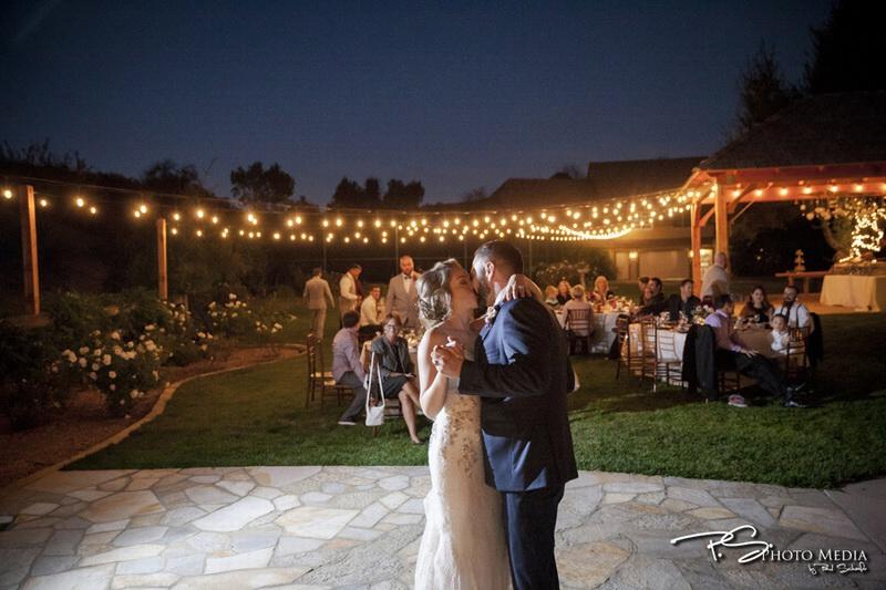 Real Wedding - Nicole & Justin - Chateu Adare - WeddingCompass.com
