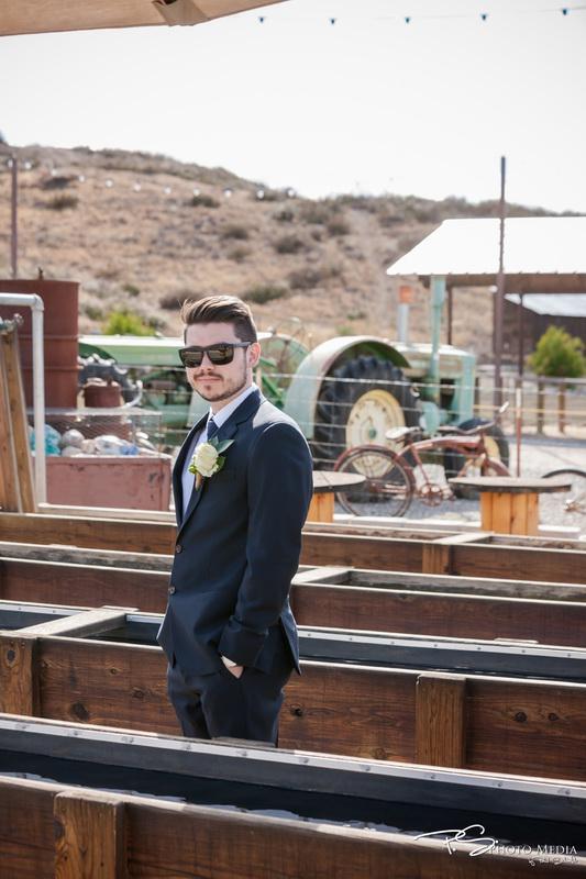 Real Wedding - PS Photo Media - Peltzer Farms - WeddingCompass.com